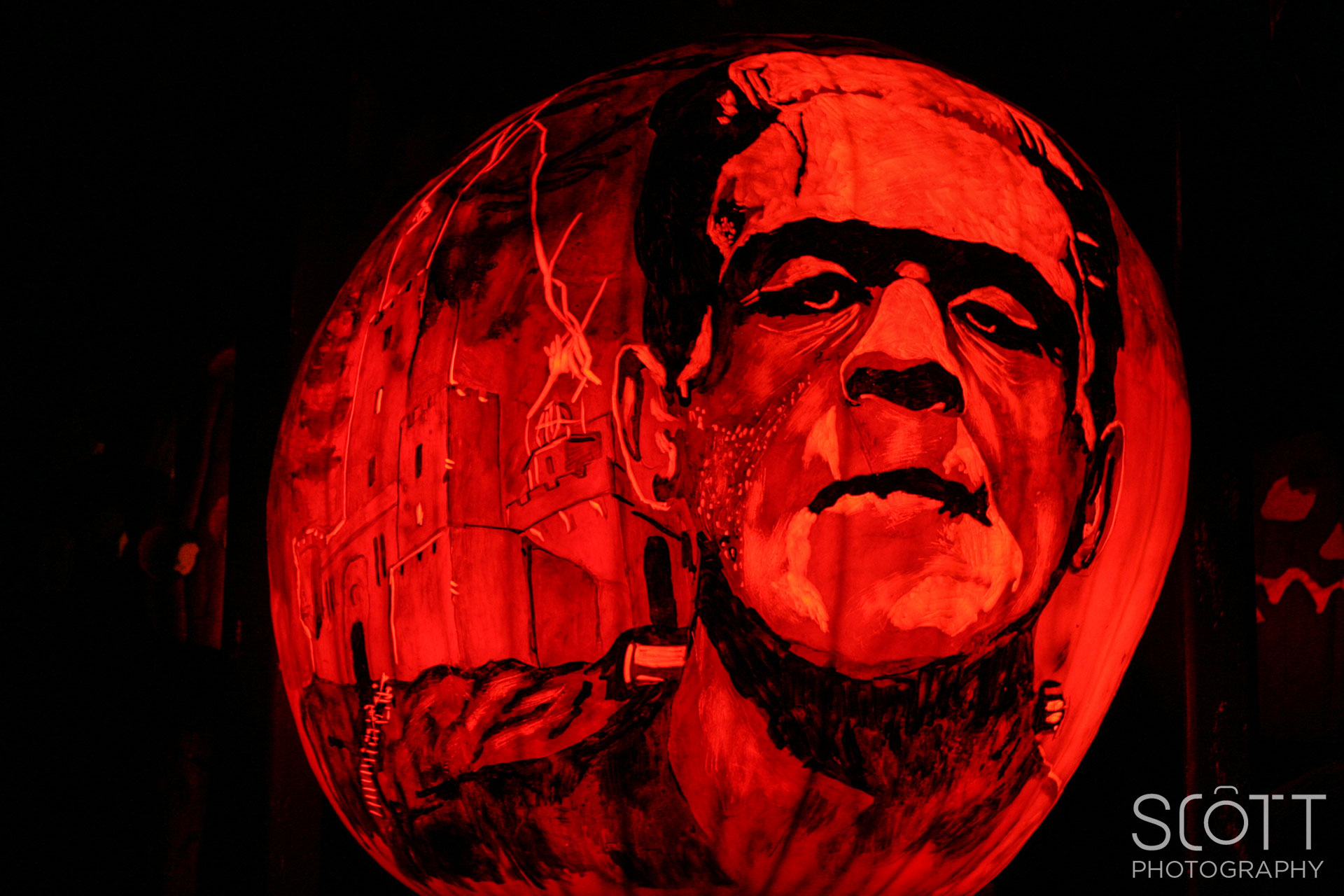 frankenstein-pumpkin-carving-jack-o-lantern-spectacular-2014 - scott