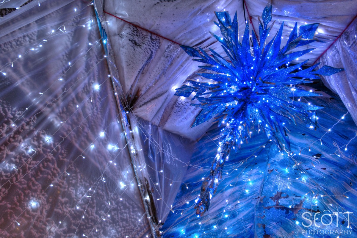 Frozen Movie Chandelier Christmas Lights - Coventry, RI